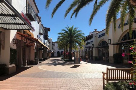 outlets in california