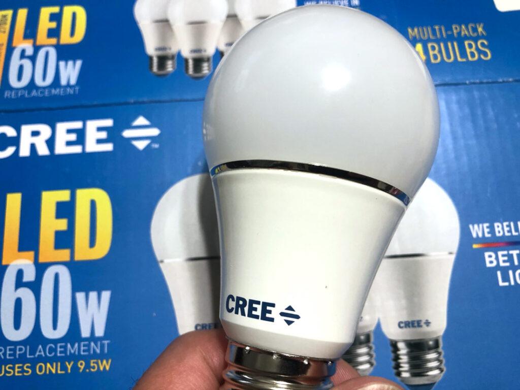creeの電球